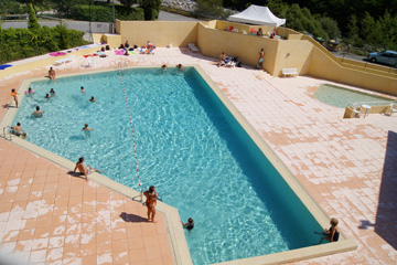 Residence Les Gorges Rouges - Swimming pool
